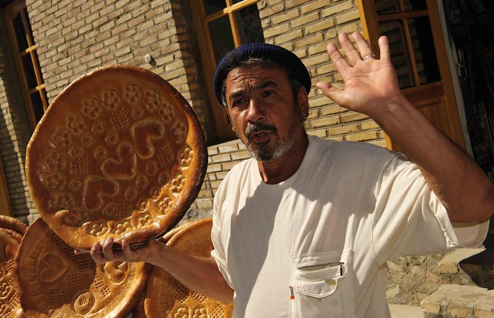 Brotverkäufer in Bukhara