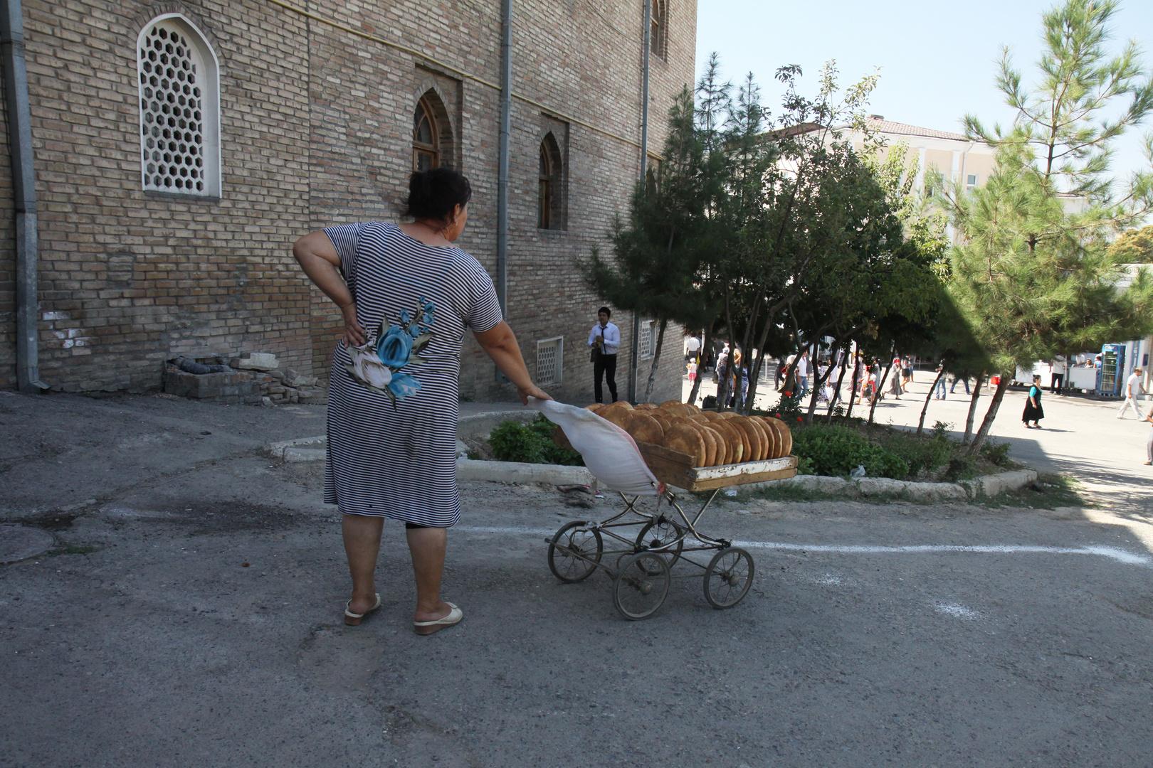 Brotzeit auf Uzbekisch