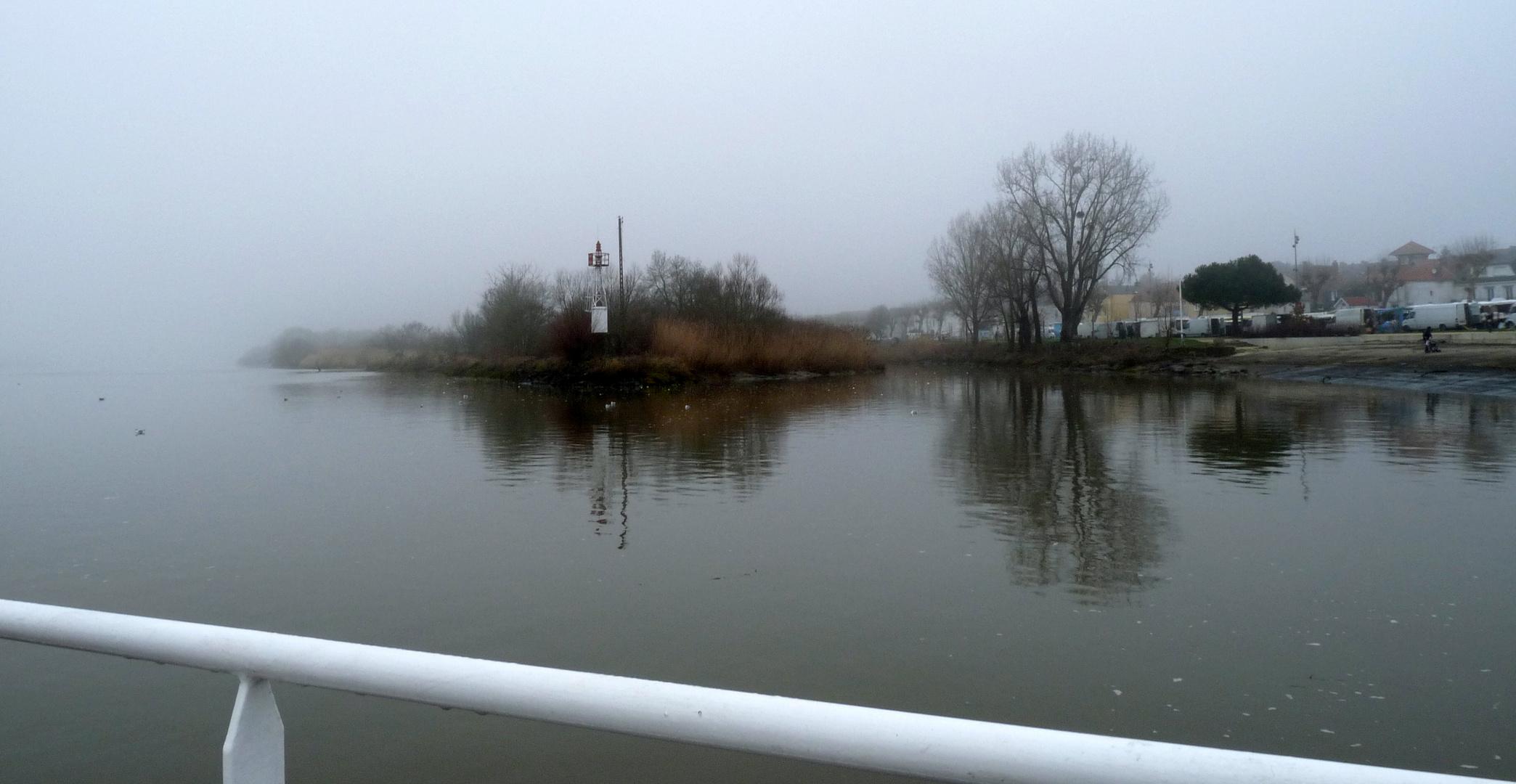 Brouillard sur la Loire.