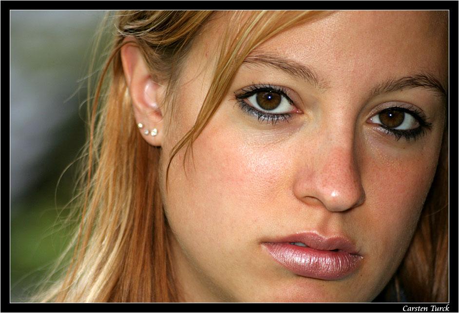 ~ brown eyed girl ~