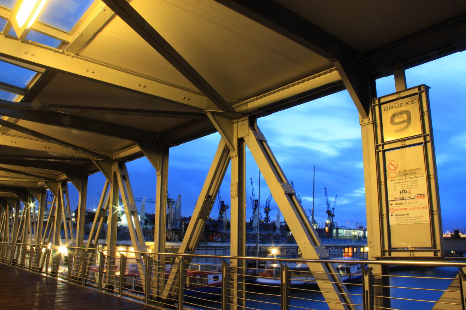 Brücke 9