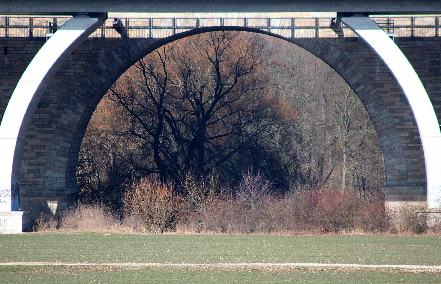 Brücke als Bilderrahmen