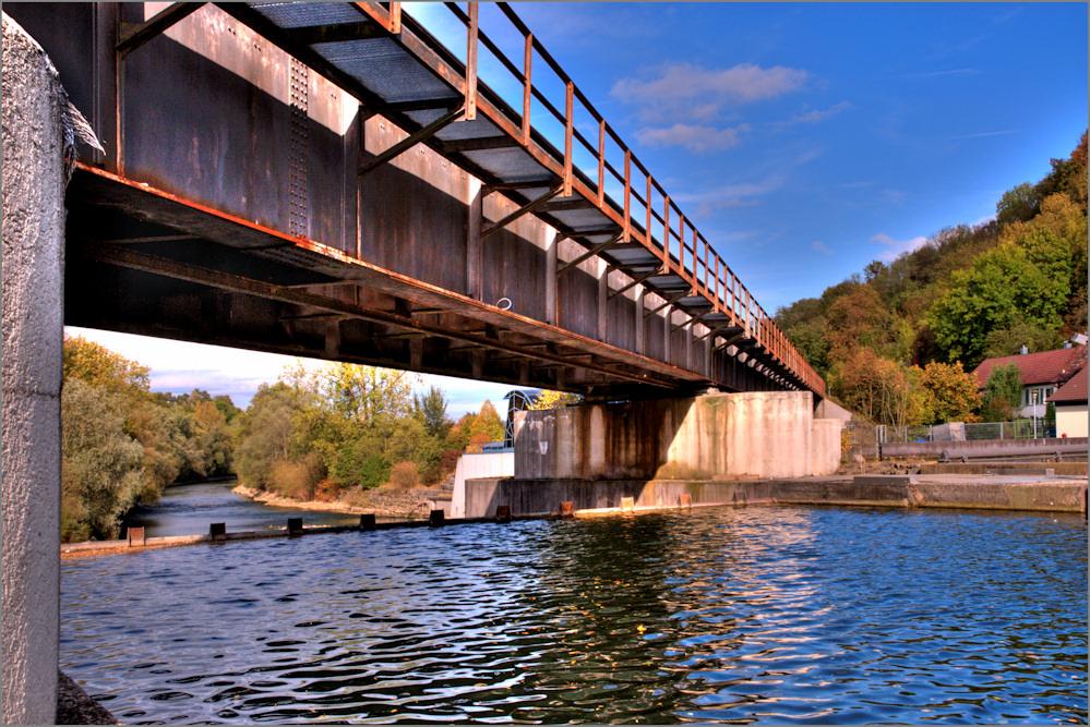 Brücke am Neckar (HDR)