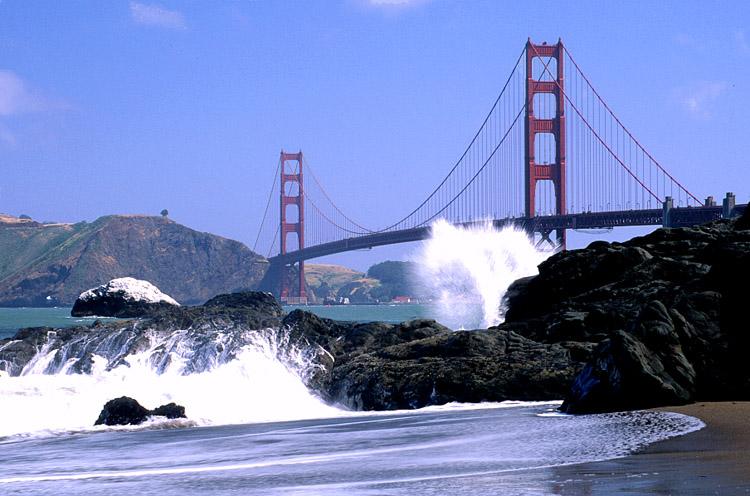 Brücke am Pazifik