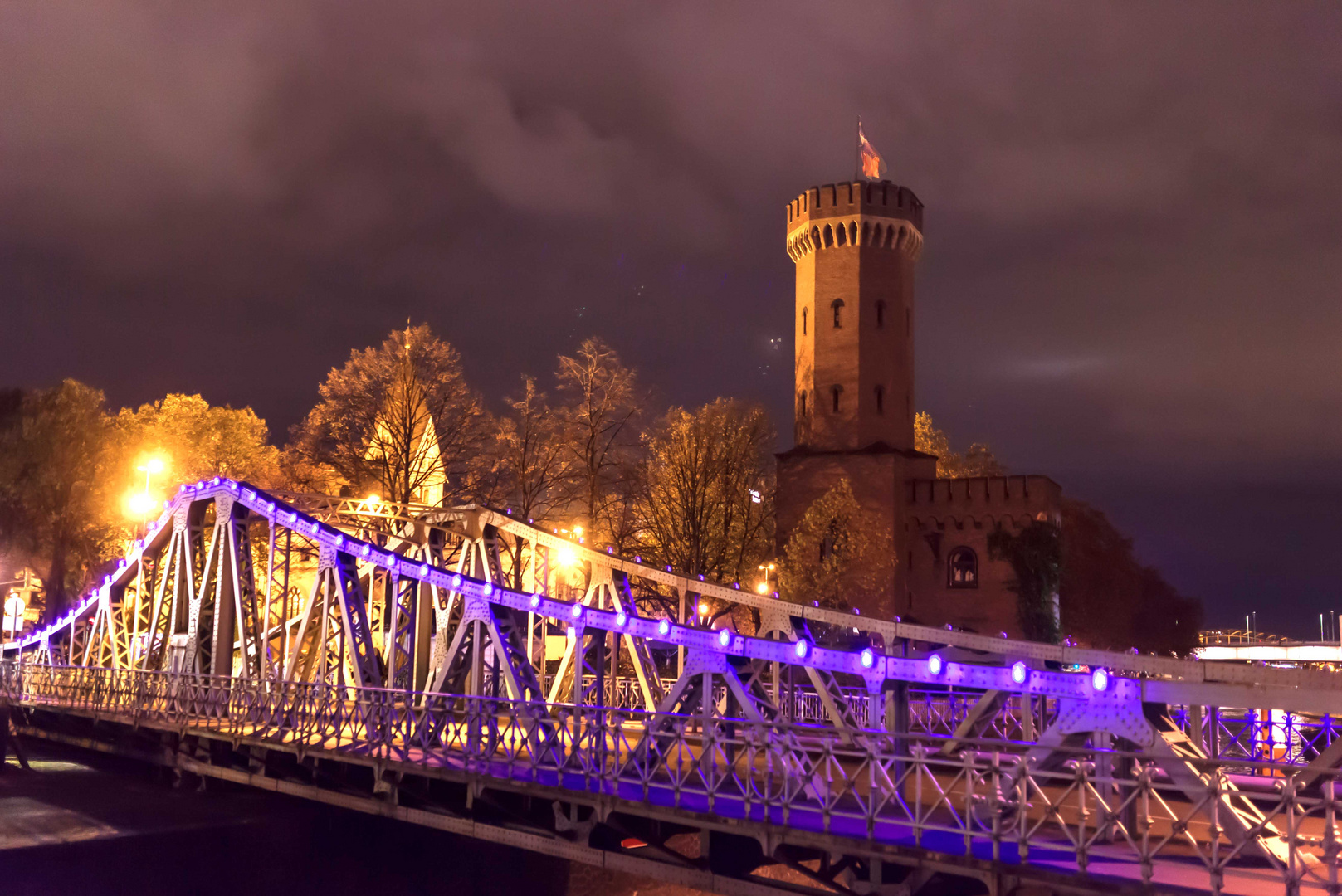 Brücke am Schokoladenmuseum Köln