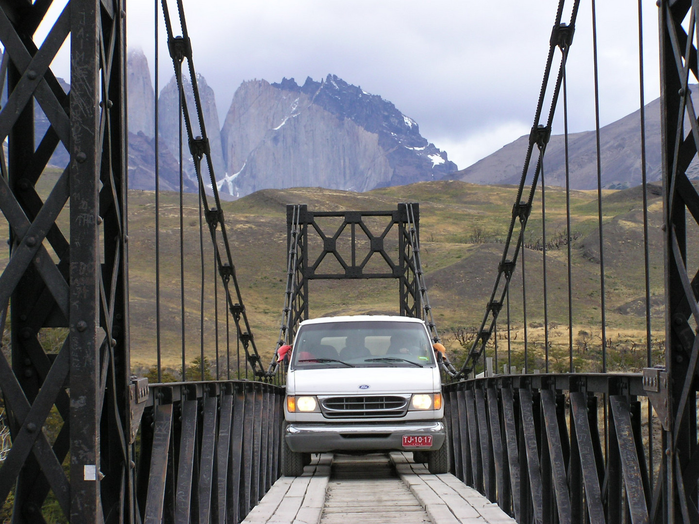 Brücke bei den Torres del Paine