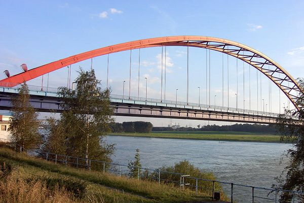 Brücke der Solidarität in Duisburg