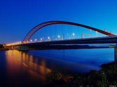 Brücke der Solidarität - und ein Angler
