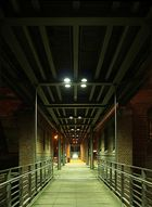 Brücke HH Speicherstadt begradigt