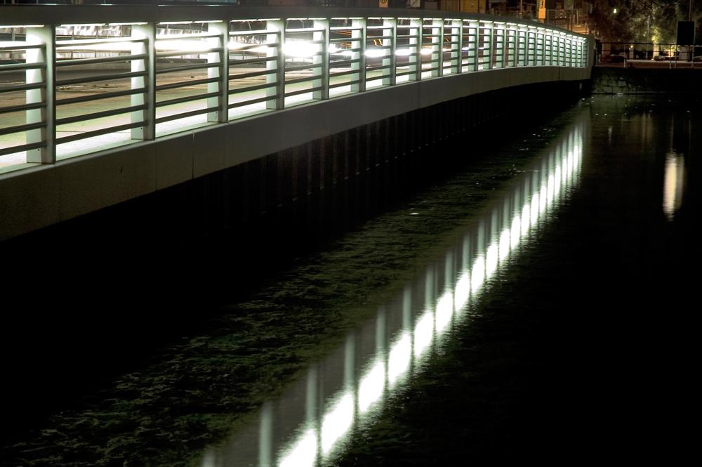 Brücke im Innenhafen Duisburg