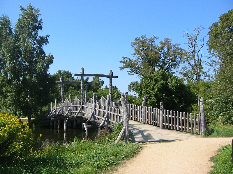 Brücke im Mühlen-Park Gifhorn