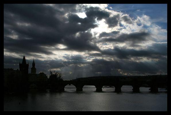 Brücke in alter Stadt