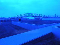 Brücke in Blau
