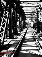 Brücke (Licht & Schatten)