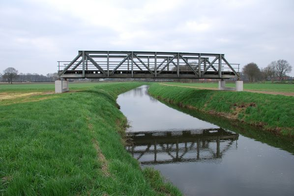 Brücke - nach Nirgendwo
