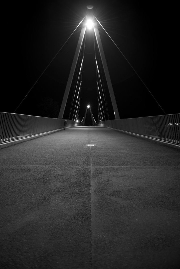 _Brücke SO b&w