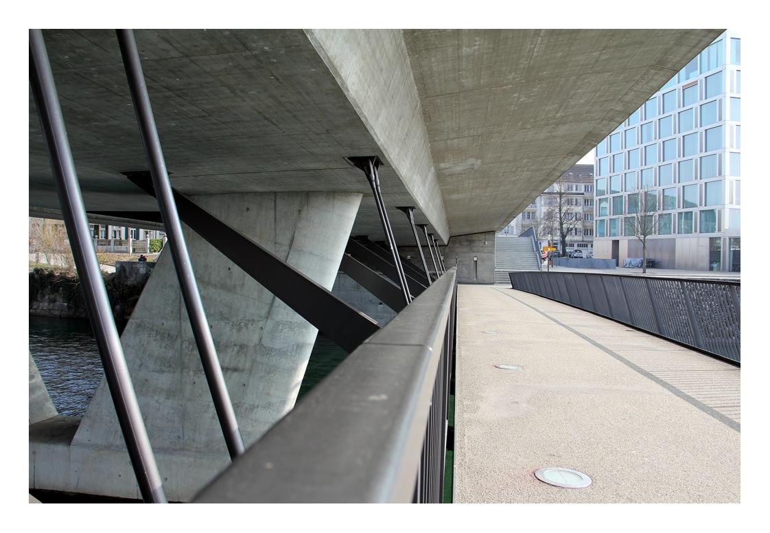 Brücke u Hotel Ramada Solothurn