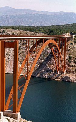 Brücke über .......