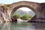 Brücke über den Ara