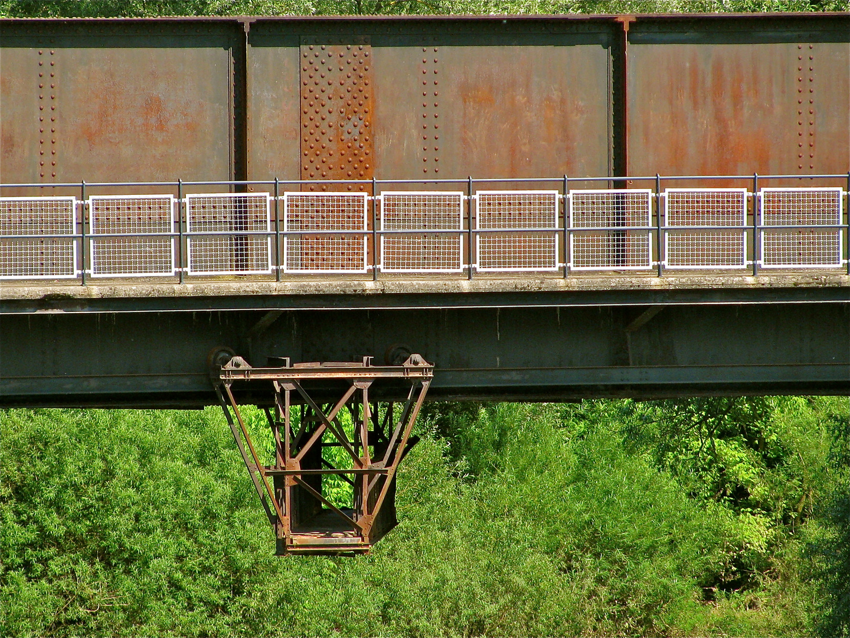 ...Brücke über den Doubs !!!..