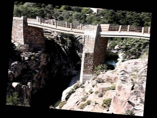 Brücke übers Ungewisse...