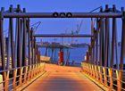 - Brücke zum Anleger -