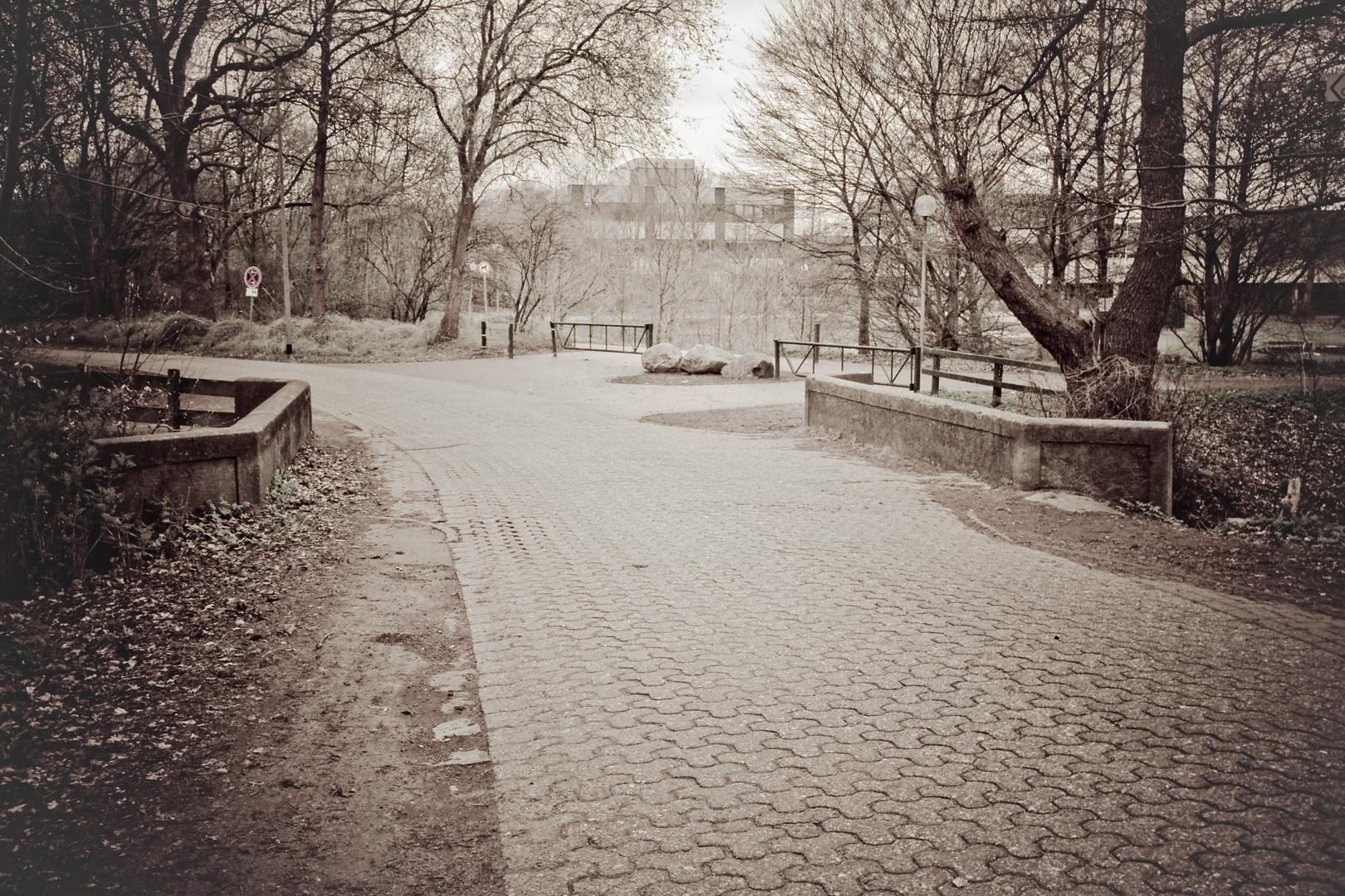 Brücke zum Huderbach