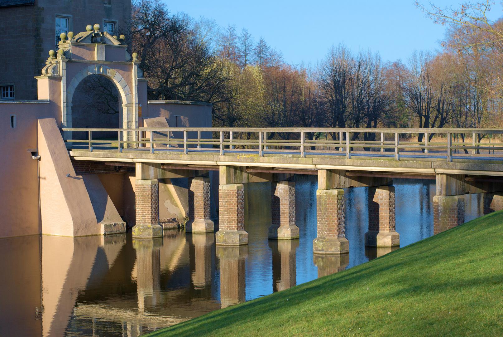 Brücke zur Burg Gemen