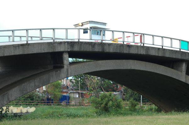 Brücke zur dritten Welt