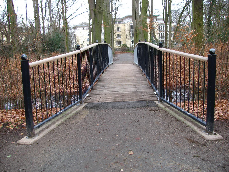 Brücke zwischen Horn-Lehe und Oberneuland