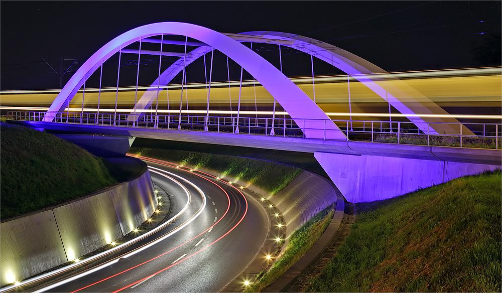 Brücken verbinden II