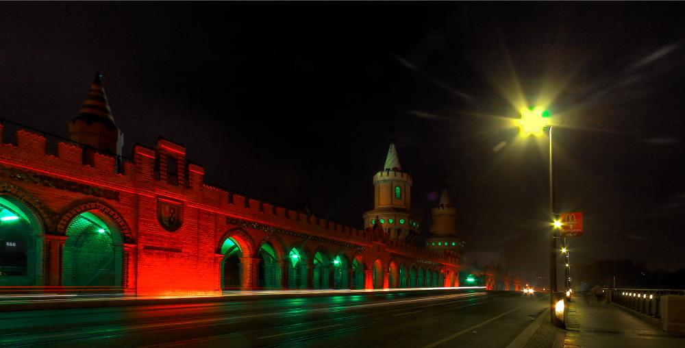 ... Brückenbeleuchtung ...