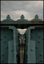 Brückendetail - Blaues Wunder I