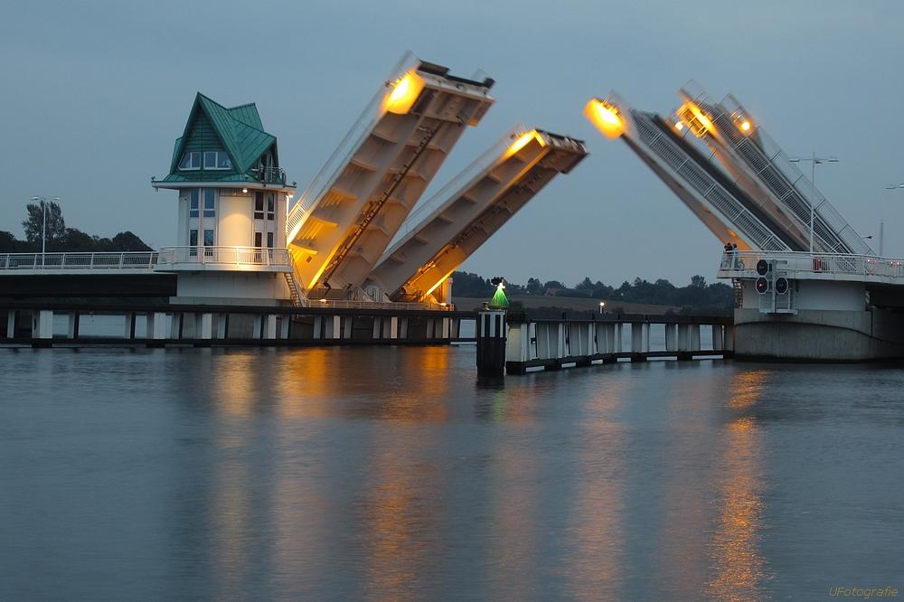 Brückenöffnung in Kappeln II