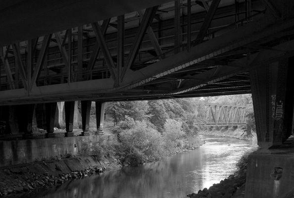 Brückenschatten [Meine Augsburger Ansichten]