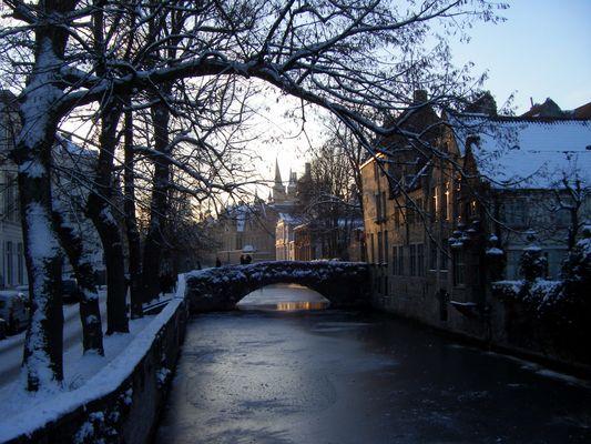Bruges enneigée