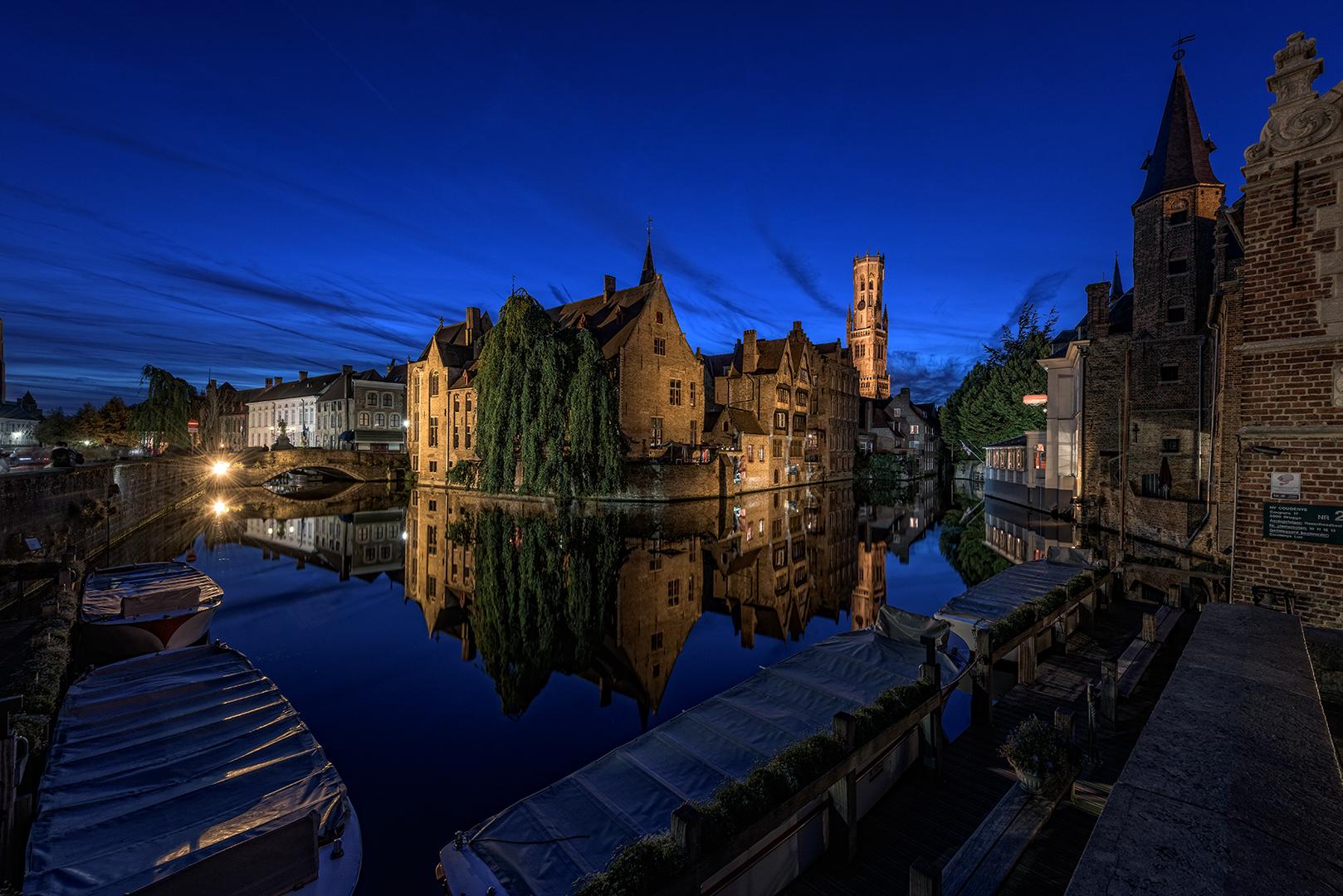 Brugge zur Blauen Stunde