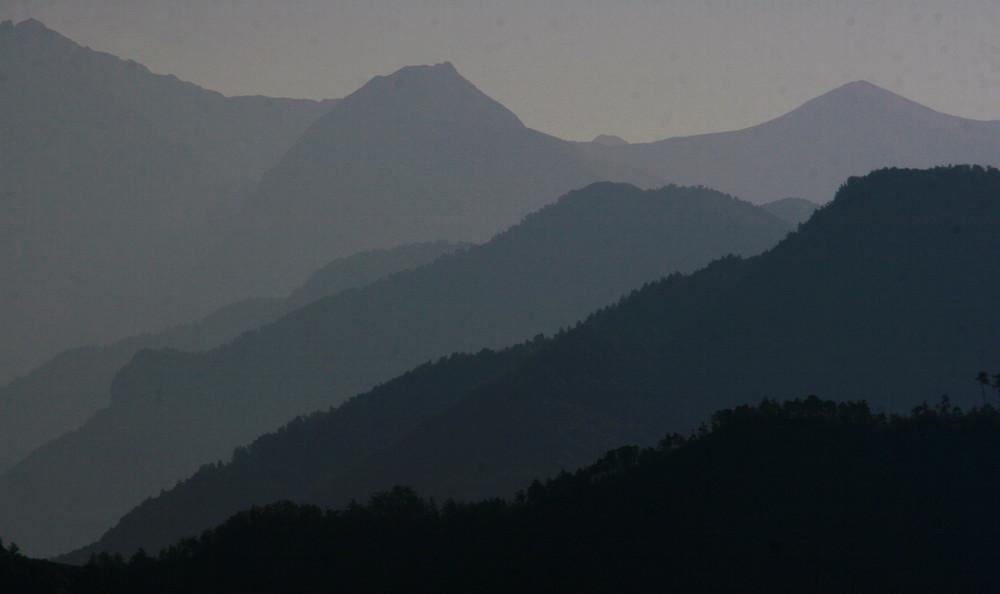Brume du matin sur les Alpes du Sud