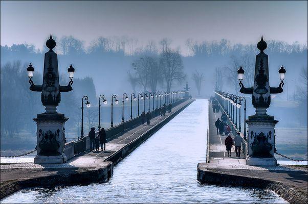 Brume sur le Pont Canal
