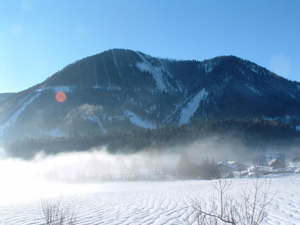 Brume sur les montagnes Autrichiennes