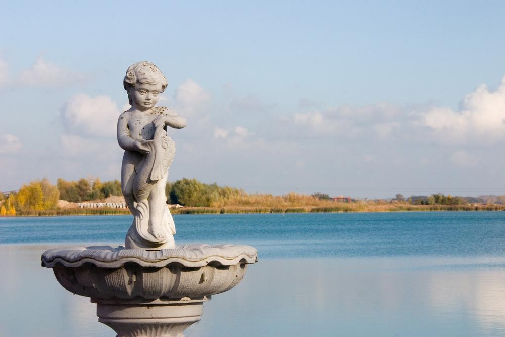 Brunnen am See