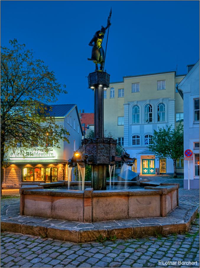 Brunnen auf dem Graf-Engelbert-Platz