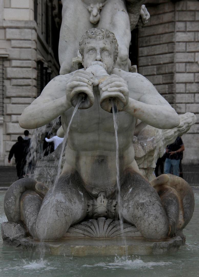 Brunnen-Figur [ 02 ]