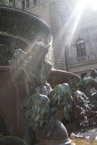Brunnen Rathausplatz Hamburg