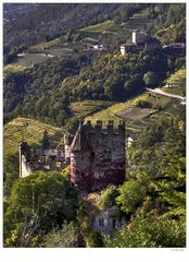 Brunnenburg 02