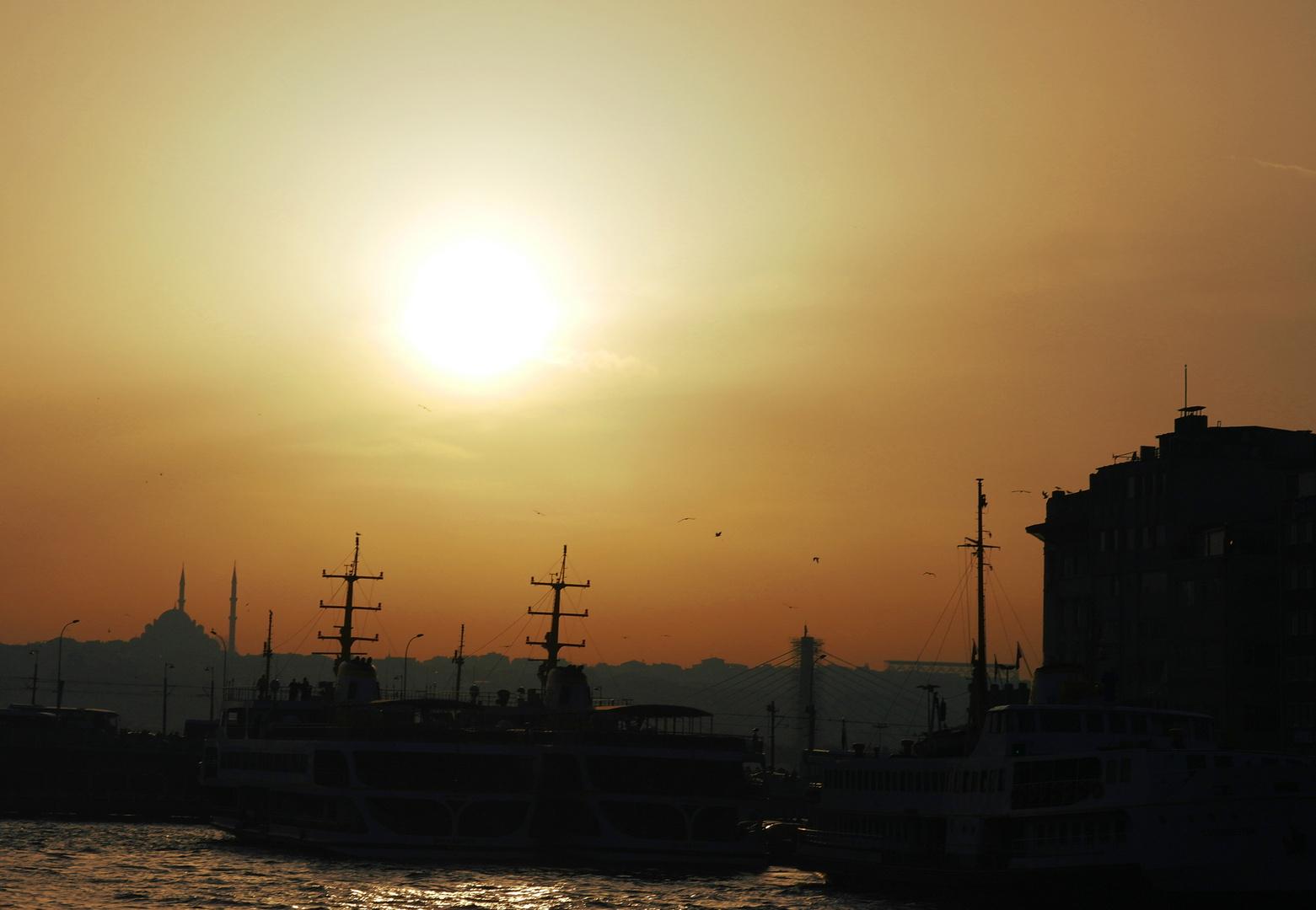 Brutzelfunzel über Istanbul