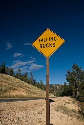 Bryce Canyon - Falling Rocks
