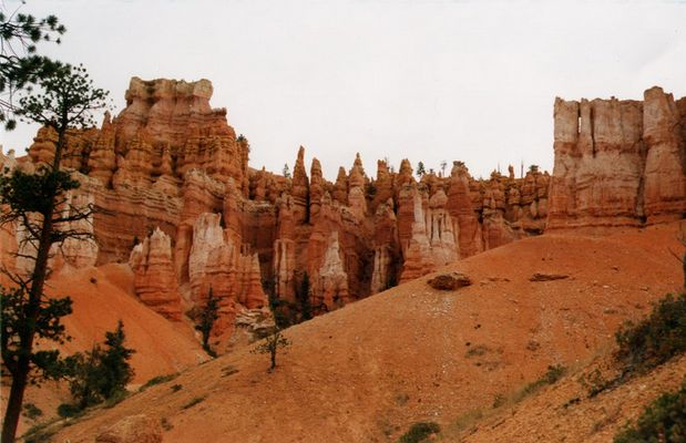BRYCE CANYON in the morning ..