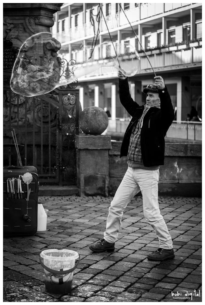 ..:: bubble man ::..
