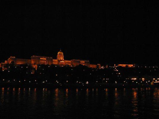 """Budapest """"auf der Donau"""""""